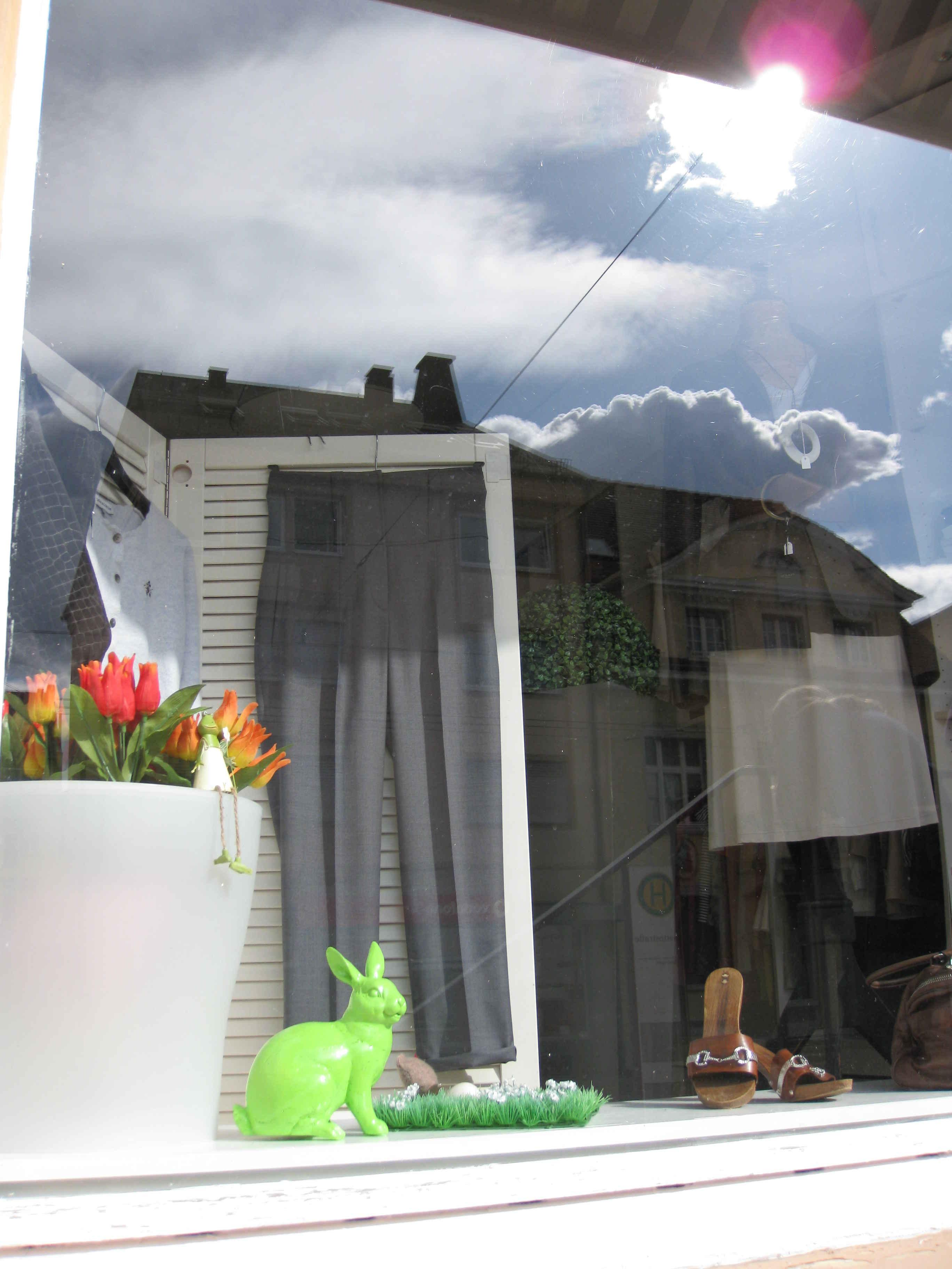 kontakt. Black Bedroom Furniture Sets. Home Design Ideas